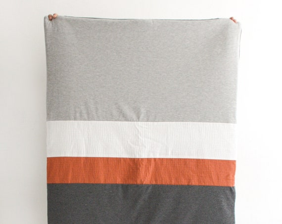Playmat/soft terracotta game blanket