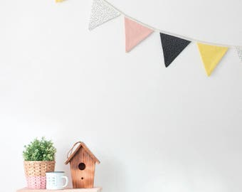 Pennants pink triangles