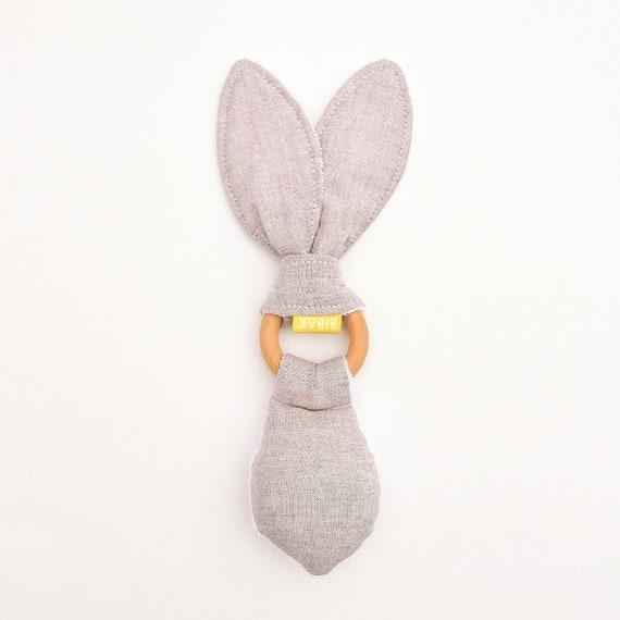 Mr Rabbit rattlesnage biter