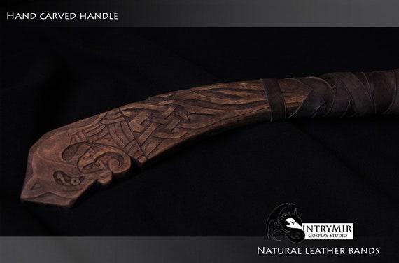 Glowing God Of War Replica Kratos Axe Leviathan Walnut Handmade Replica Cosplay Prop Weapon