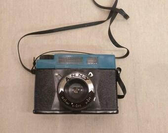 Vintage ANNY Camera, No.W20