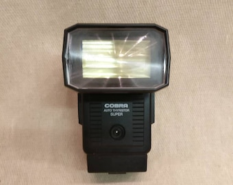 Cobra Auto Thyristor Super Bounce head flashgun