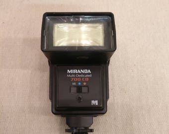 Miranda Multi-Dedicated 700 CD Bounce head flashgun