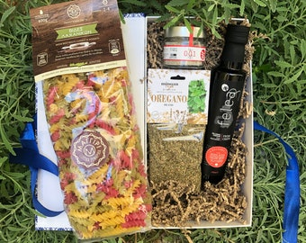 Foodie Gift Box - Hamper with Greek Goodies - Greek Gift to Send - Gift for New Home - Gift for Chef