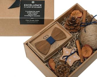Baby's First Christmas Gift Box - Baby Boy Gift - Christmas Baby Shower - Newborn Boy Gift - Papillon, Wooden Toy and Christmas Ball Gift