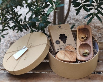 Eco Friendly Gift Box - Sustainable Gift Set - Greek Gift to Send - Olive Wood Bowl and Coasters - Sustainable Vegan Hamper - Client Gift