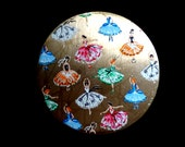 Rare Collectable Vintage 1950s Stratton Enamel Powder Compact Ballerina Ballet Dancers Dance Compact Dancing Ladies in Pretty Dresses