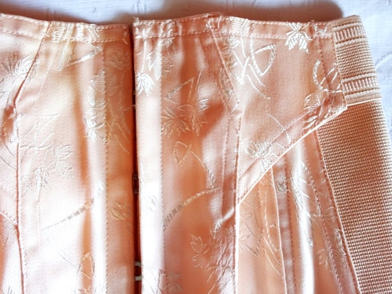 Vintage 1940s 1930s Peach Tea Rose Damask Brocade… - image 5