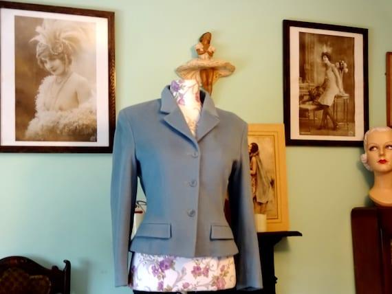 Original Vintage 1940s Ladies Wool Suit Jacket Fit