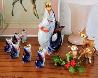 Sake Set, carafe and drinking vessels in the shape of a wonderfully decorated kois, Russian vodka Lomonosov set 7 pcs. Liqueur Set