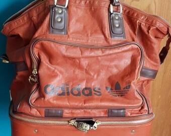 45a34c95f9864 Coole true vintage adidas Sport-Reisetasche