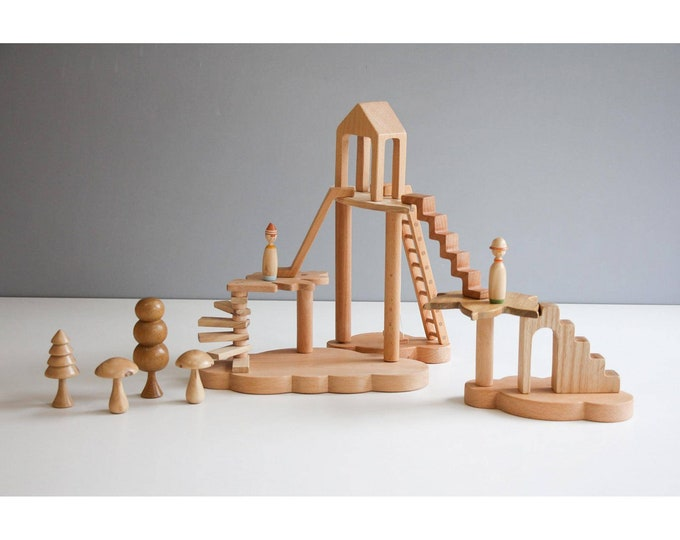Featured listing image: Wooden tree house play set.