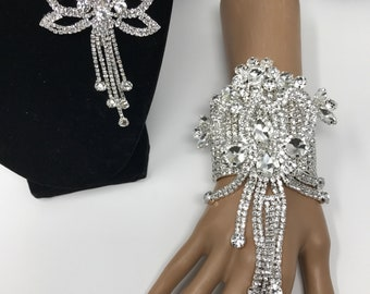Crystal Rhinestone Hand Corsage, Home Coming, Rhinestone, Bridesmaids, Mother of the Brides,Prom Corsage, Wedding