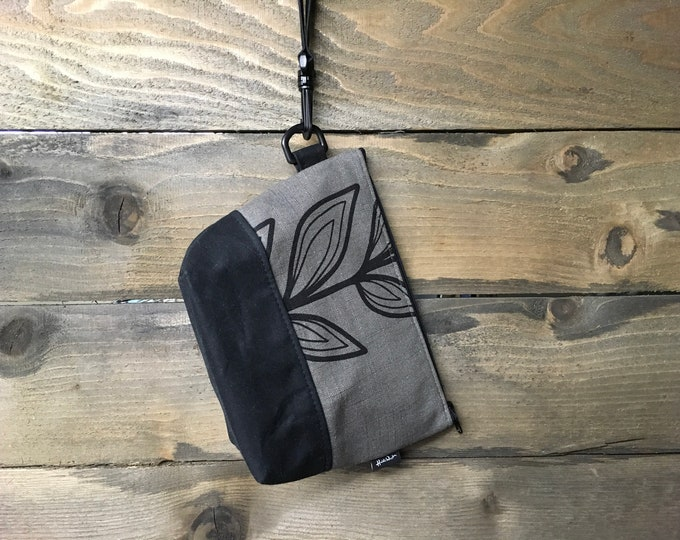 Large Gray Continuous Leaf Waxed Canvas Cosmetic Bag/Project Bag with Detachable Handle