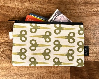 Ready to Ship - Scissors Zipper Pouch - Zipper Wallet - Screen Printed - Sewing - Off White Zipper Pouch