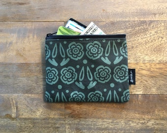 Green Block Flower Credit Card Zipper Pouch