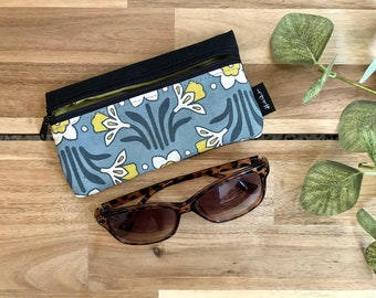 Daffodil Pattern Eyeglass Case - Eyeglass Holder - Screen Printed - Glasses Case