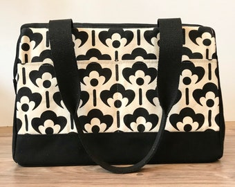Ready to Ship - Heavy Canvas Project Bag - Black and White Meadow Flower - Knitting Bag - Screen Printed Bag - Crochet Bag -Sweater Project