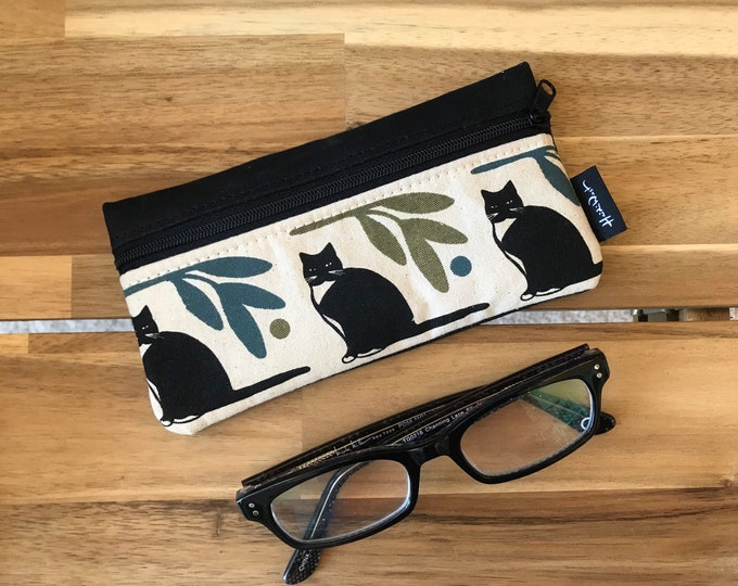 Ready to Ship - Tuxedo Cat Pattern Eyeglass Case - Eyeglass Holder - Screen Printed - Glasses Case
