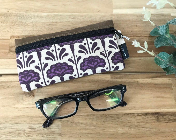 Ready to Ship - Carnation Pattern Eyeglass Case - Eyeglass Holder - Screen Printed - January Birth Month - Glasses Case