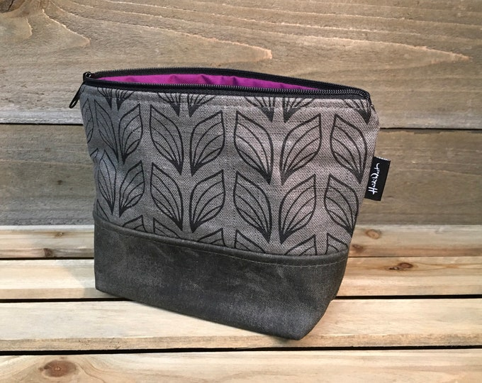 Gray Repeating Leaf Waxed Canvas Zipper Pouch