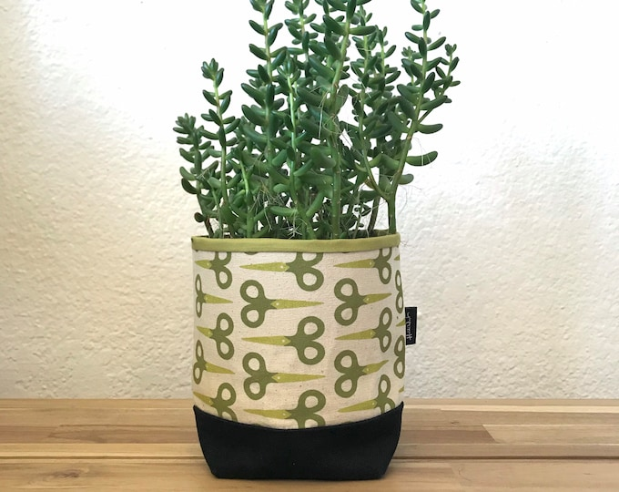 Ready to Ship - Green Scissor Fabric Bin - Scissors Soft Pot - Canvas Bin - Screen Printed Fabric Bin / Soft Pot - 4 inch