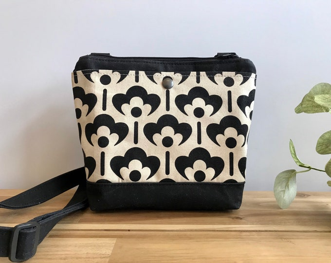 Waxed Canvas Purse - Black and White Meadow Flower Bag - Cross Body Messenger Purse - Screen Printed Bag - Water Resistant