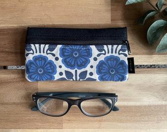 February Violet Pattern Eyeglass Case - Eyeglass Holder - Screen Printed - Glasses Case