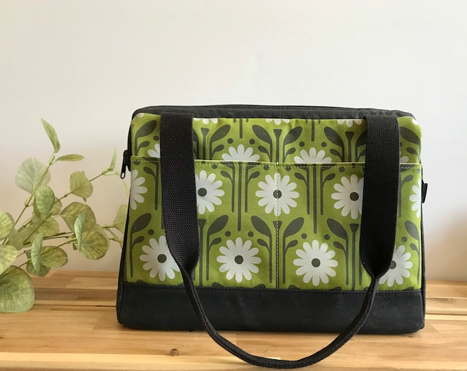 Large Waxed Canvas Project Bag - Green Daisy Pattern - Knitting Bag - Screen Printed Bag - Crochet Bag -Sweater Project Bag