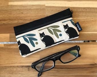 Tuxedo Cat Pattern Eyeglass Case - Eyeglass Holder - Screen Printed - Glasses Case