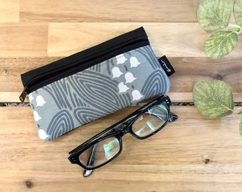 Lily of the Valley Pattern Eyeglass Case - Eyeglass Holder - Screen Printed - Glasses Case
