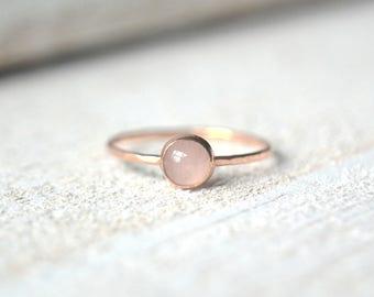 Rose Gold Rose Quartz Ring- Rose Gold Ring, Quartz Ring, Stacking Ring,Rose Gold Quartz Ring, Stackable Gemstone Ring, Gold Rose Quartz Ring