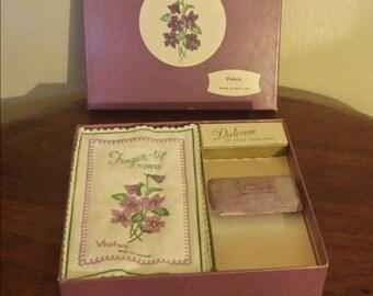Dalcrose of Hove Bar soap and 9 finger tip towels - Violet scent.