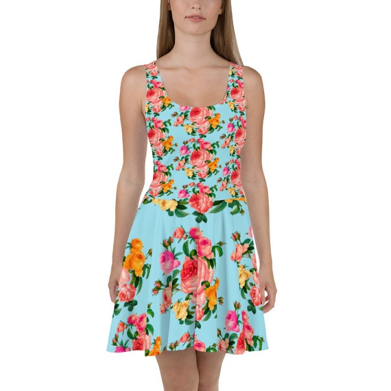 Pin-Up Romantic trapeze dress in blue print with a spring bouquet of roses. For rose lovers and pink color lovers.