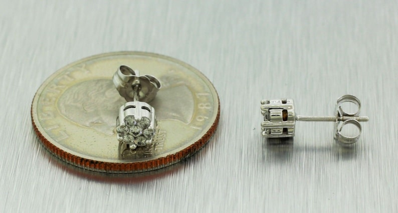 Vintage Estate 14kt Solid White Gold 0.30ctw Round Diamond Cluster Studs