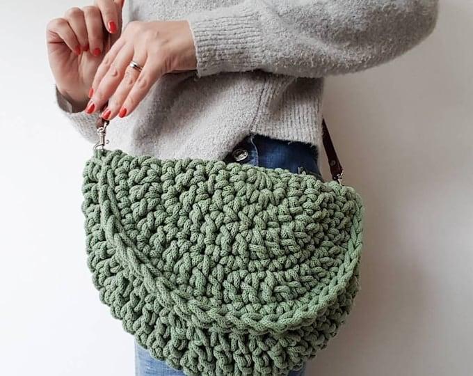 Make.E seamless moon bag crochet pattern UK pdf download (plus bonus mini basket pattern)