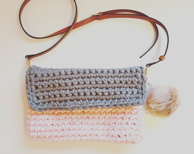 Mohair Messenger Shoulder Bag UK crochet pattern pdf download