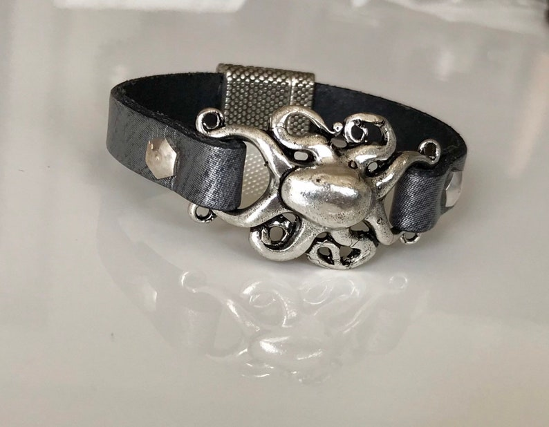 88d5d1f52cb Olie Octopus leather Bracelet | Etsy