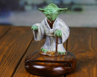 Star Wars gift for husband yoda Father's day gift Boyfriend gift charging station iPhone stand Anniversary gift Personalized gift yoda