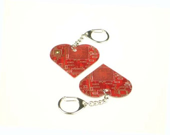 Red Circuit Board Love Heart Keyring - Computer Geek Gift - Valentine's Day Gifts - Tech Accessories - Partner/Boyfriend/Girlfriend Gifts