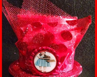 Wizard of Oz Inspired mini mad hatter hat, Dorothy of Oz mini mad hatter hat