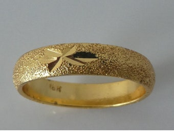 Vintage Gold metal Ring Beach Find Mudlarking detector