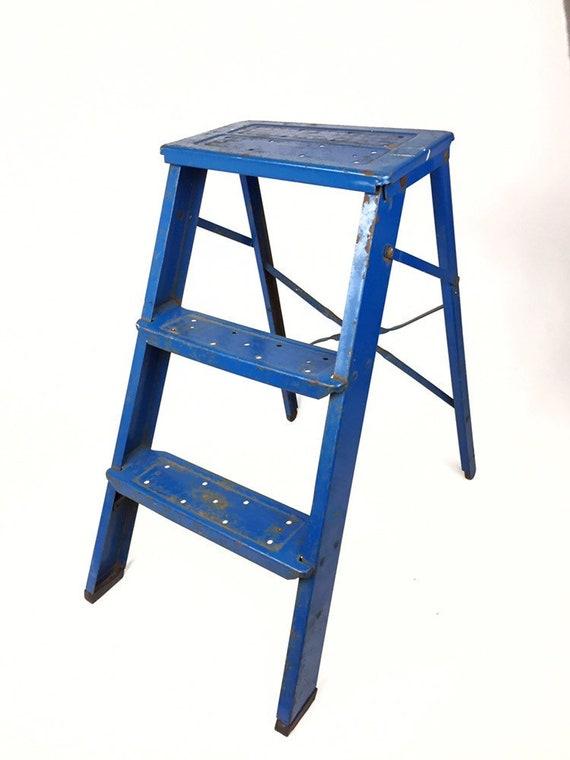 Wondrous Vintage Metal Step Stool Ladder Vintage Blue Stool Industrial Metal Step Ladder Old Step Ladder Farmhouse Decor Rustic Stool Metal Inzonedesignstudio Interior Chair Design Inzonedesignstudiocom