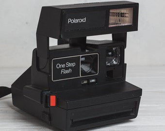 Polaroid camera Polaroid One step 600 Portrait Gift for photographer  Birthday gift Wedding prop Retro camera