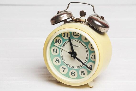 Table horloge soviétique réveil horloge de bureau mécanique vintage