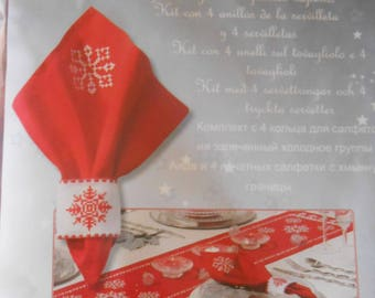 Vervaco -  Kit for  4 napkin rings and 4 printed napkins - Snowflake