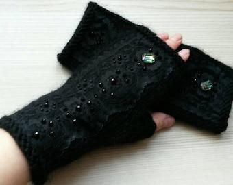 Black Lace Fingerless Gloves Women Arm Hand Warmers Christmas Gift for her Hand Knit Fingerles Gloves Driver Gloves Green Beds Black Mittens