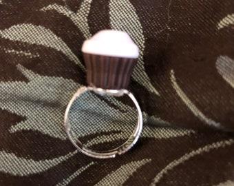 Kawaii cupcake resin ring