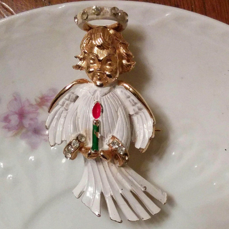 Signed HATTIE CARNEGIE angel brooch Christmas pin rare white enamel with rhinestone halo candle pave vintage cherub pin book piece holiday