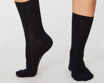 Plain Black Essential Bamboo Socks